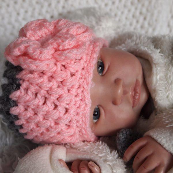gehaakt-baby-bloemmuts