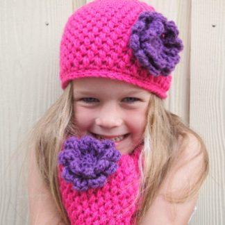 Kinder muts met sjaal