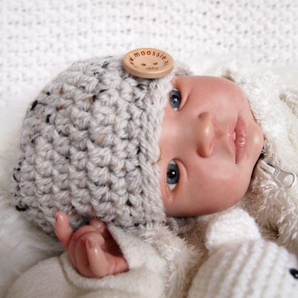 baby-beanie-muts-van-tweed-gehaakt