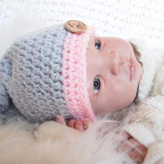 gehaakte-baby-puntmuts