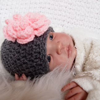 baby-beanie-met-bloem