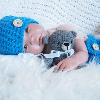 gehaakte-baby-beanieklot-met-luierbroek
