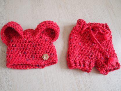 baby-berenmuts-met-luierbroek