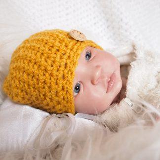 okergeel-baby-beanie